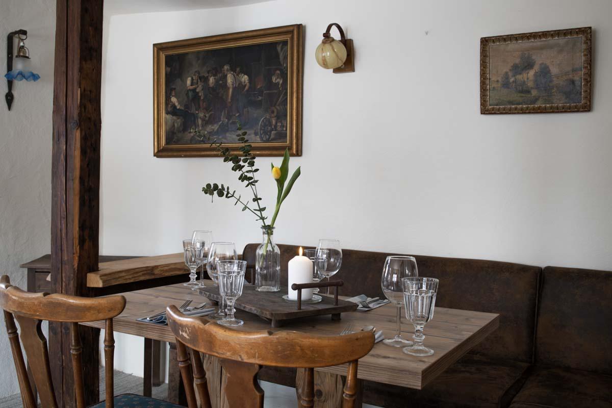 Gasträume: Kleines Stübchen im Erdgeschoss